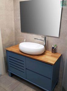 ארון אמבטיה דגם חריצים – 100 כולל כיור או משטח עץ